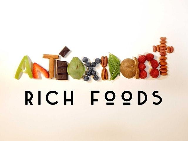 12 Superfoods as dem Supermarkt